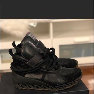 Camper men Himalayas black sneakers